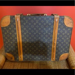 Authentic Louis Vuitton stratos 60 suitcase